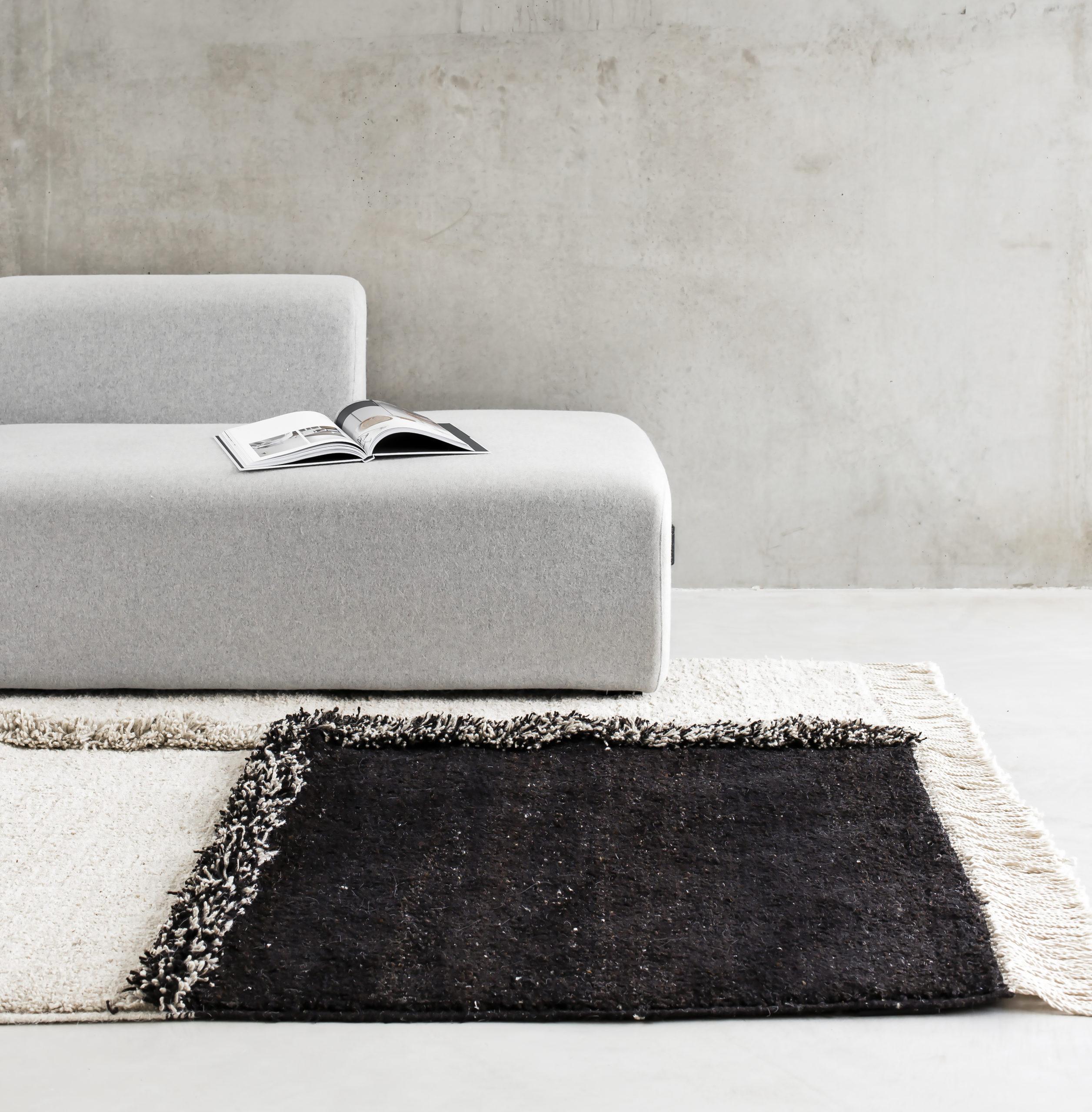 Sera Helsinki E1027_Black Knotted Carpet